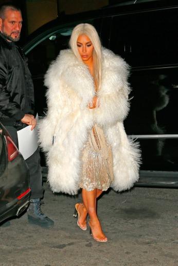 kim-kardashian-yeezy-season-3-show